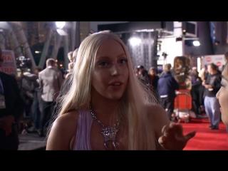 Lady Gaga - Red Carpet Interview (2013 AMAs)