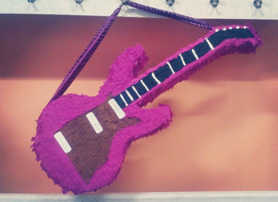 необычная пиньята гитара на детский праздник купить запорожье