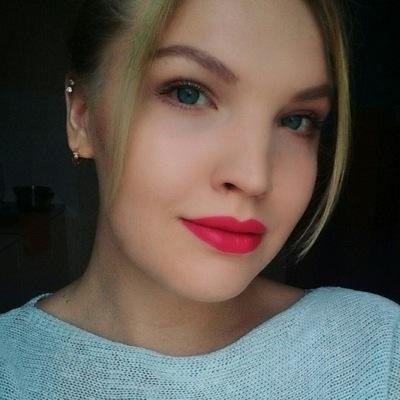 Александра Суслова