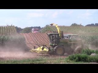 John Deere 7780 ProDrive Chopping the 2014 Corn Silage Crop
