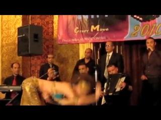 Belly Dancer Rachel performing in Egypt 2010 4247