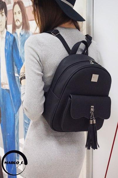 Потрясающий черный матовый рюкзак из ПУ из магазина Katyusha Casual
