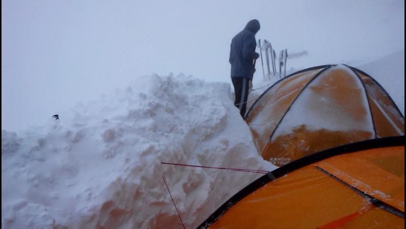 Лагерь 4200м. Видимость ноль. Эльбрус 2017