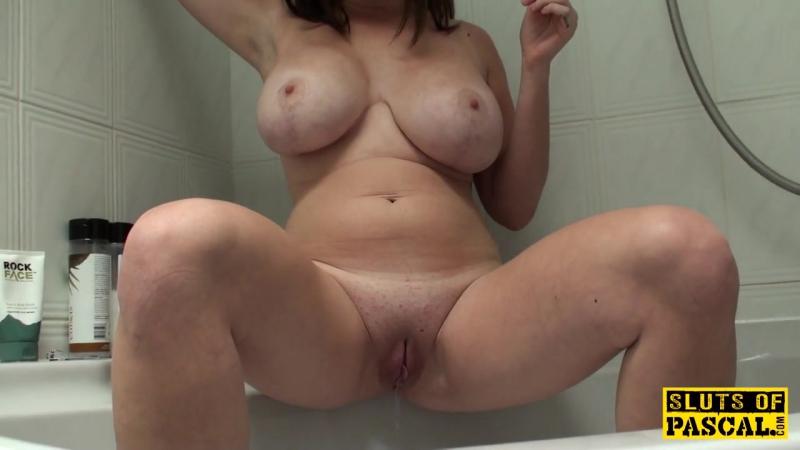 Зрелая женщина показывает своё голое шикарное тело, mature hot horny mom woman busty pussy pis (Инцест со зрелыми мамочками 18+)