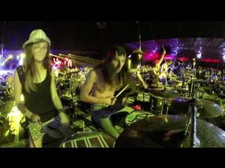 Rockin1000 - 1000 музыкантов играют The White Stripes - Seven Nation Army