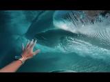 Под волной c GoPro [Alina Baraz & Galimatias–Drift]