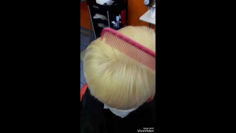 Осветление волос новой пудрой с антижелтым эффектом