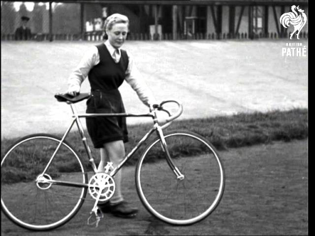 Queer Cycling (1942)