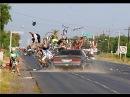 Жестокая авария в деревне / Слабонервным не смотреть 18