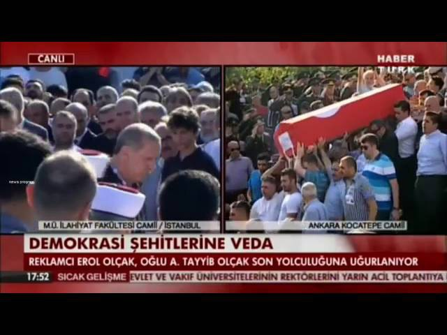 Recep Tayyip Erdoğan Ağladı.Darbe Şehitleri için düzenlenen cenazede ağladı