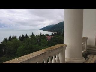 Заброшенный корпус гостиницы Гагрипш . Абхазия