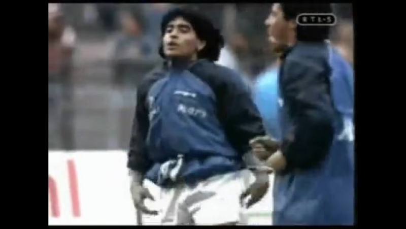 _La Tombola con El Pibe (si yo fuera Maradona)_ by Manu Chao