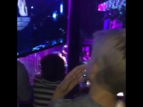 Каст ИР на концерте у Сабрины.