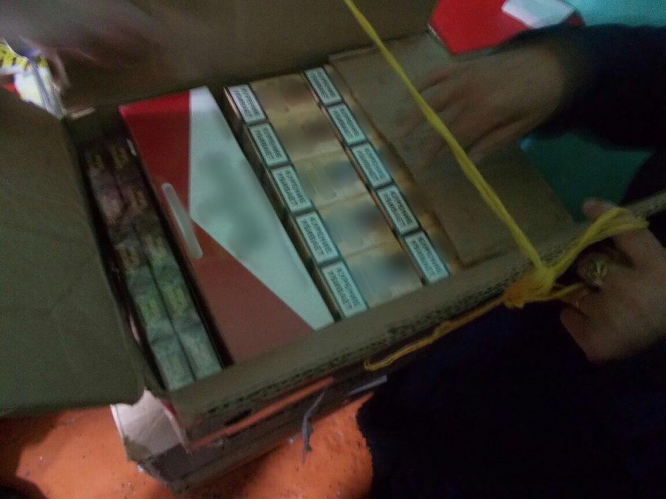 У двух жителей Таганрога сотрудники ОЭБиПК изъяли контрафактные сигареты на 450 тысяч рублей
