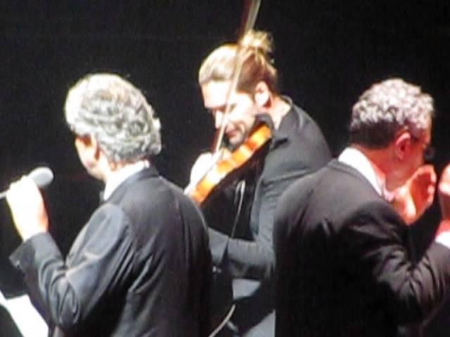 David Garrett bei Andrea Bocelli 23.06.2013 Köln Lanxess Arena - En aranjuez con tu amor