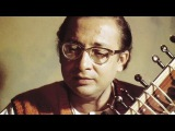 Pandit Nikhil Banerjee  Raga Sindhura Ustad Zakir Hussain