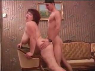 видео сын домогается до мамы