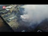 Ангар площадью 200 кв м горит в Петербурге