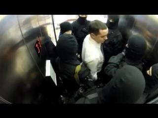 Спецназ в лифте