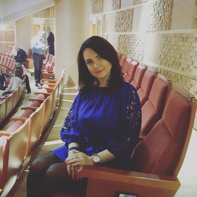 Алина Кузьменко