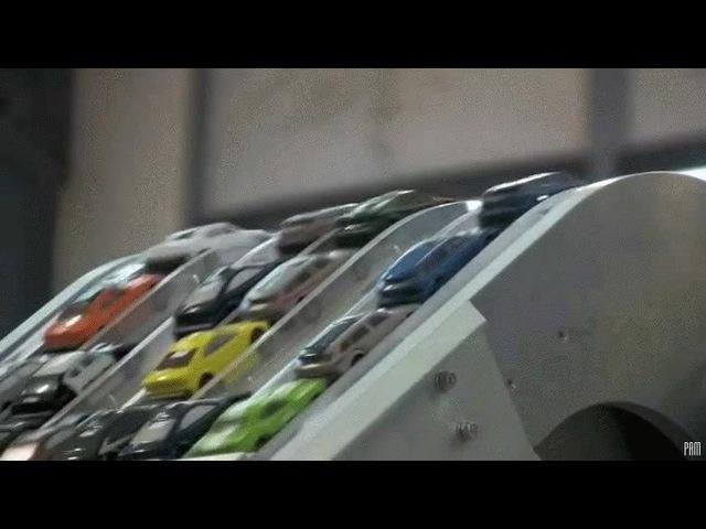 Tiny Crowded Metropolis - Pruit Igoe / Koyaanisqatsi