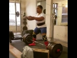 Иан Бэлл - тяга 317,5 кг на 3 повтора