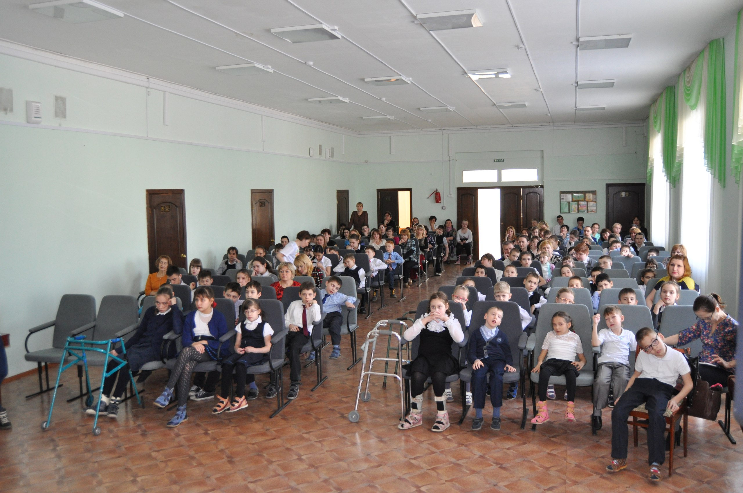 Порно ролики из четверього класса московской школы фото 92-508