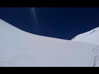 Возвращение с седловины Эльбруса на северную сторону