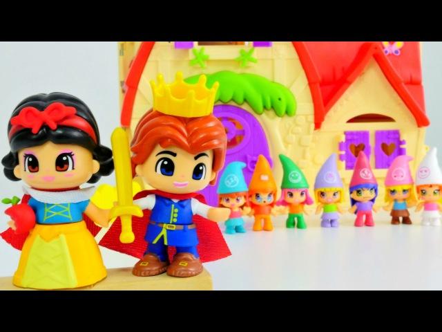 Kızoyuncakları - Pinypon Pamuk Prenses ve Yedi cüceler hikayesi ve kukla oyunu. Kız çocuk videosu!