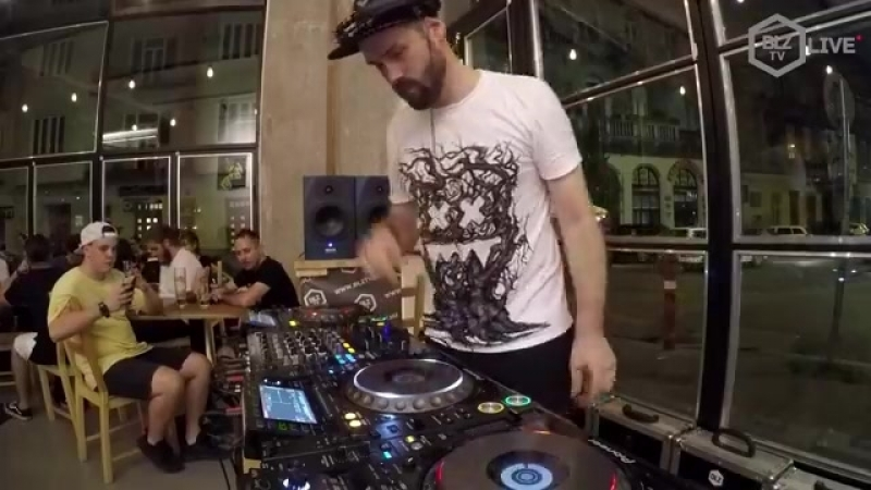 BLZTV LIVE: Jade, Puppetz, Statik
