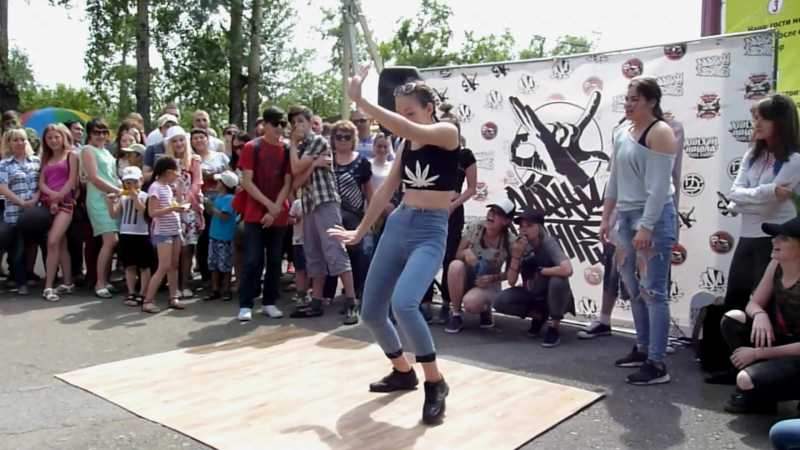 Уличные танцы Абакан Парк июнь 2017 ч 1