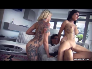 Threesome With Two German Sluts