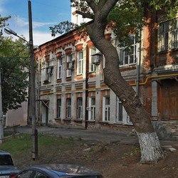 Самарцы о треснувшем доме на Степана Разина: Скоро и многоэтажки начну