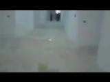 Боевики группировки Джабхат Фатх Аш-Шам в только что захваченном штабе группировки Сукур Аль-Шам в Идлибе.