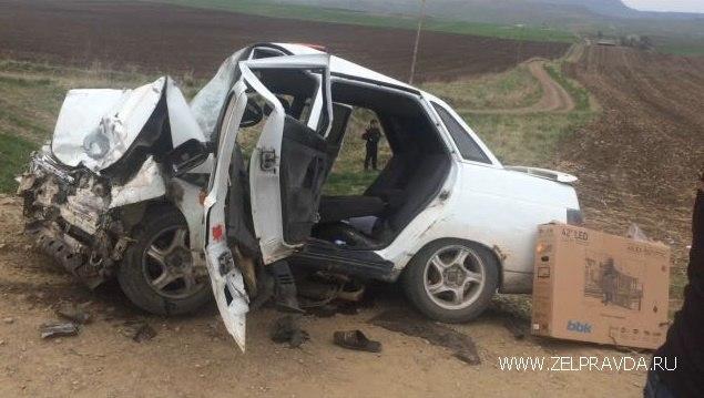 Смертельное ДТП в Зеленчукском районе унесло жизни троих человек