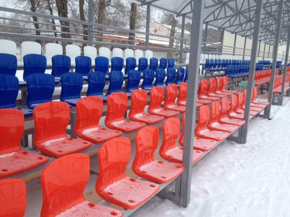 На Узловском стадионе
