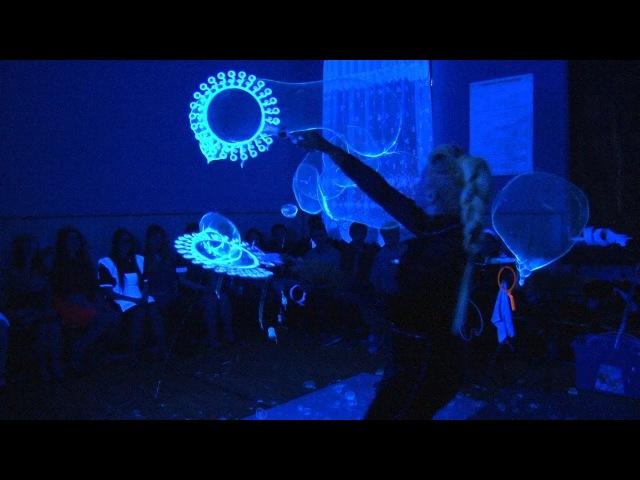 Шоу мыльных пузырей 8 марта. Школа №2 г. Донской Тульская область.