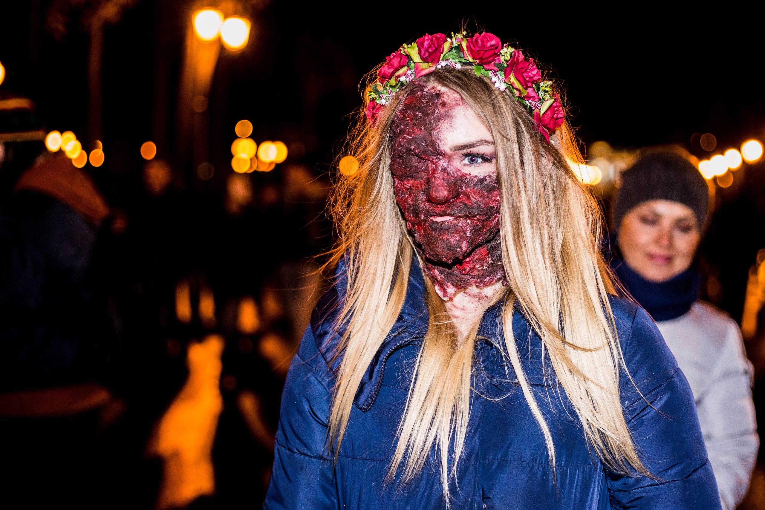 Осторожно, по Харькову гуляют восставшие из мертвых (ВИДЕО)