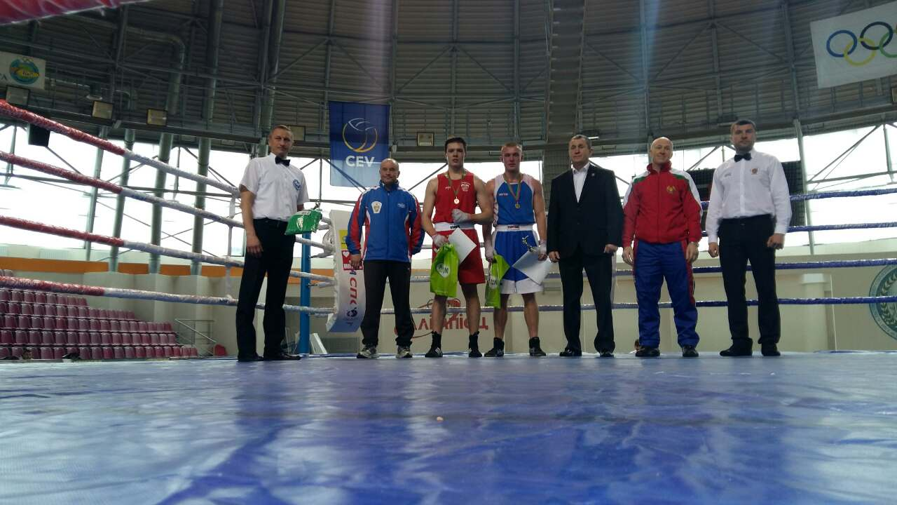 В категории до 56 килограммов второе место занял узловчанин Ансор Султанбеков