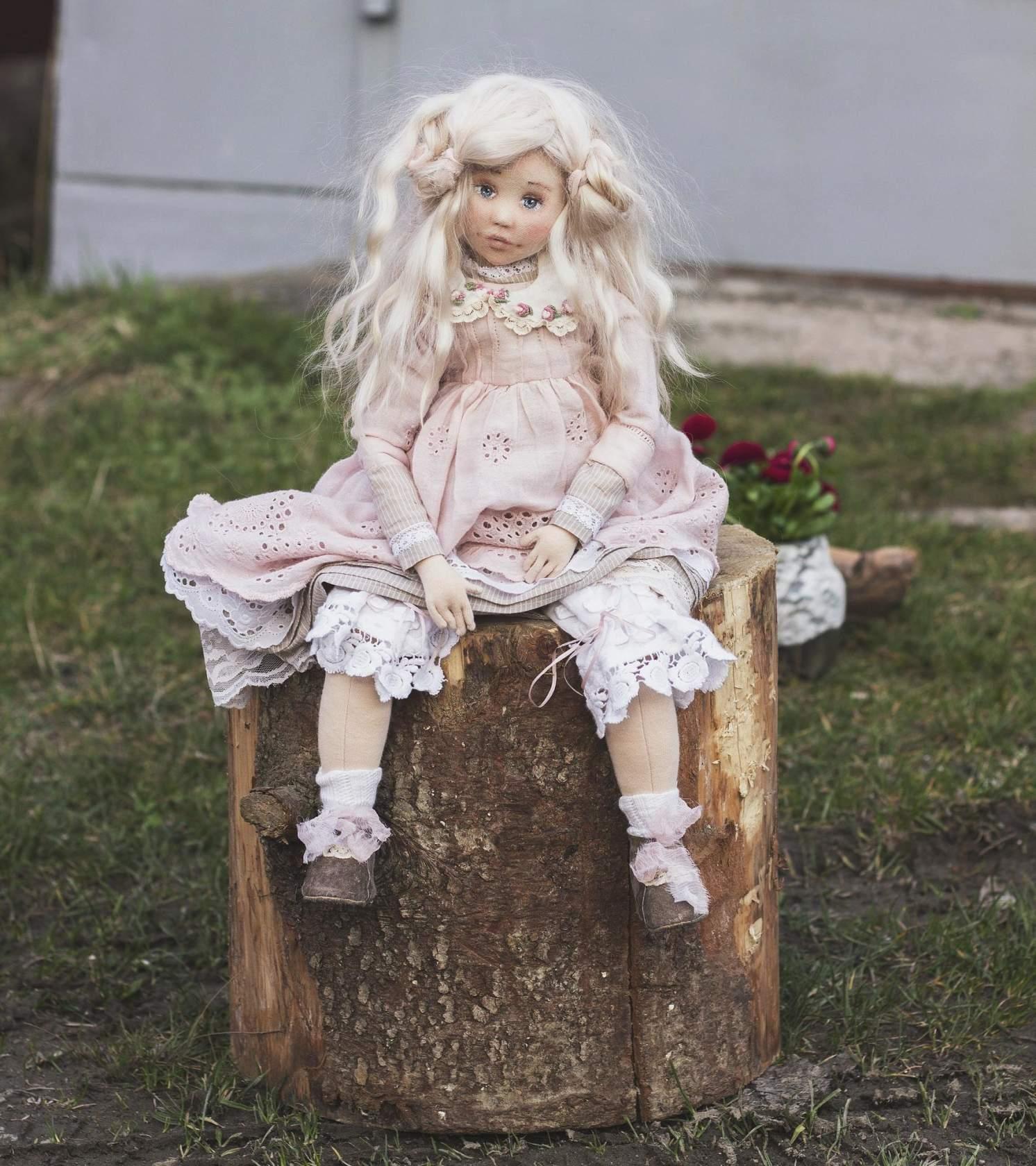 текстильная винтажная кукла