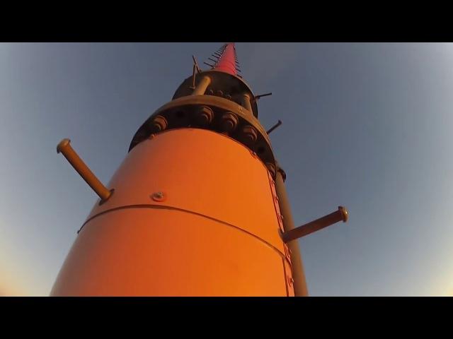 Замена лампочки на высоте 600 метров