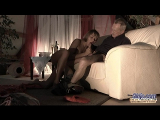 Oldje.com - willa (puzzle of lust/внучка трахается с дедом часть 1 из 2)