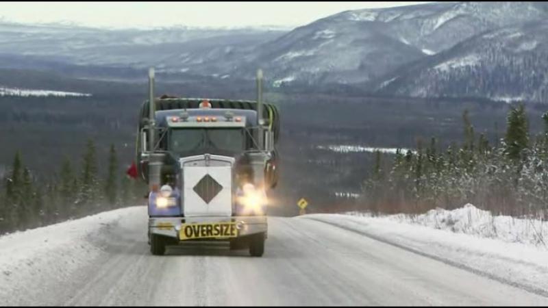 Ледовый путь дальнобойщиков 3 сезон 1 серия из 13. Смертельный ледовый путь / Ice Road Truckers (2009)