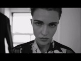 Arctic Monkeys - Do I Wanna Know - Ruby Rose & Erika Linder