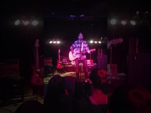 Adam Gontier covers BLACK by petal jam 🎸