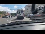 Маршрутка нарушает на Озерова в Калининграде. 17.06.17