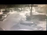 Сегодня ночью разбили стекло и украли личные вещи из авто на Нивках (Щербаковско...