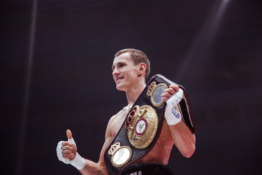 Орловец Эдуард Трояновский оставил чемпионские пояса в России