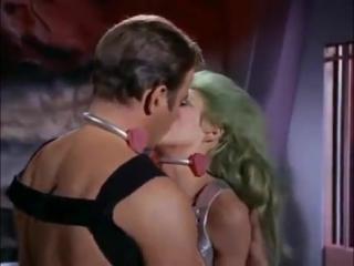 Как уломать девушку после одного поцелуя