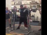 Келли Брэнтон - присед 410 кг